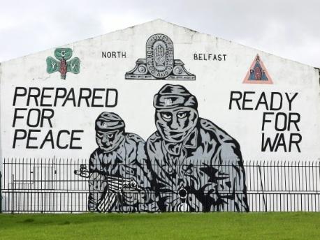Le nouvel accord de Brexit fait trembler les unionistes d'Irlande du Nord