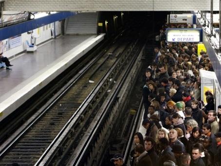 A la RATP, une grève monstre contre la réforme des retraites