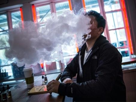 Face à l'essor des cigarettes électroniques, British American Tobacco supprime 2.300 emplois