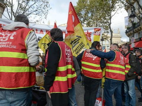 Grève et manif du 5décembre: suivez les mobilisations en direct