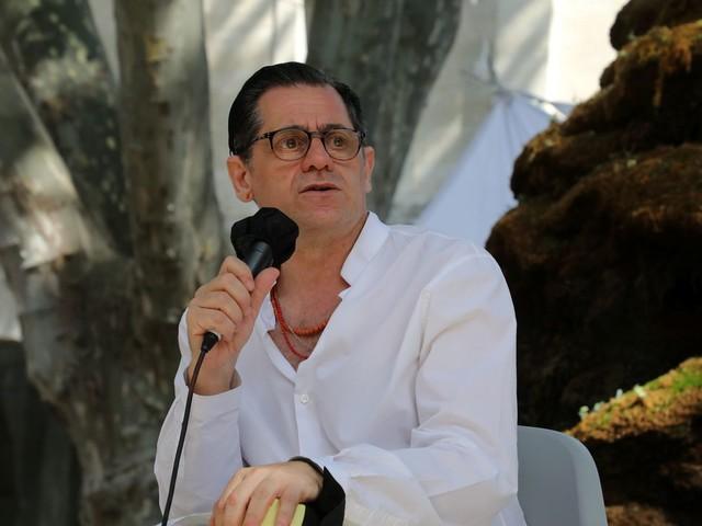 """Clôture du Festival d'Avignon: """"Je n'ai jamais vu autant de gens debout à la fin des spectacles"""", raconte son directeur Olivier Py"""