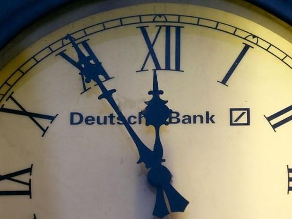 Suppression de 18.000 emplois chez Deutsche Bank, dont la moitié en Allemagne