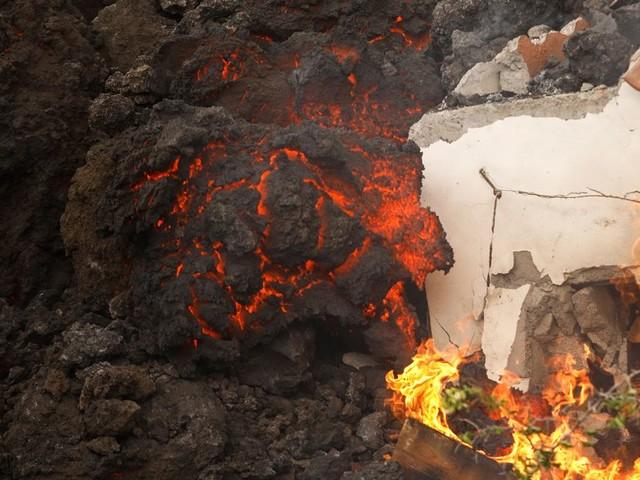 Gaz toxique, nuages acides...: la lave du volcan de la Palma est loin d'être le seul danger