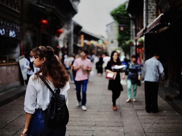 Comment les concepts de l'imprévisible s'immiscent-ils en tourisme ?