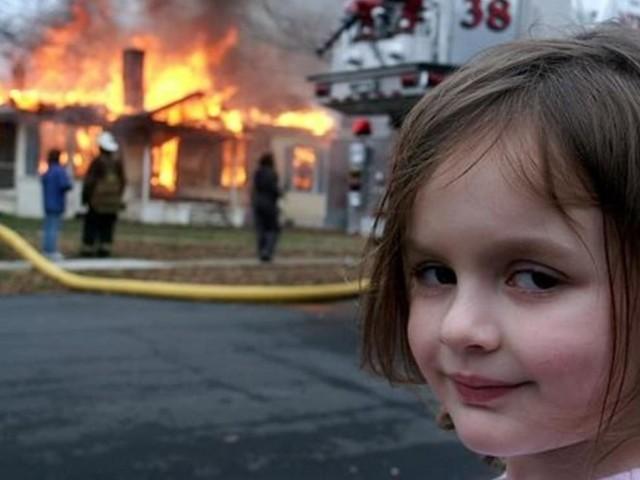 Disaster Girl : elle réussit à vendre le NFT de sa célèbre photo 500 000 dollars !