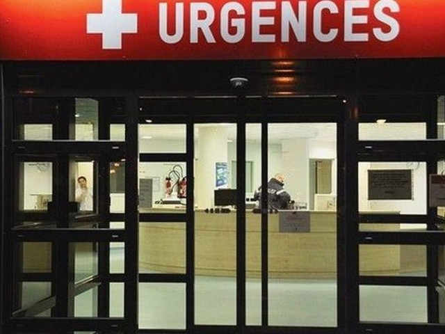 """Un député français passe six heures aux urgences """"incognito"""" et dénonce une situation """"dramatique"""""""