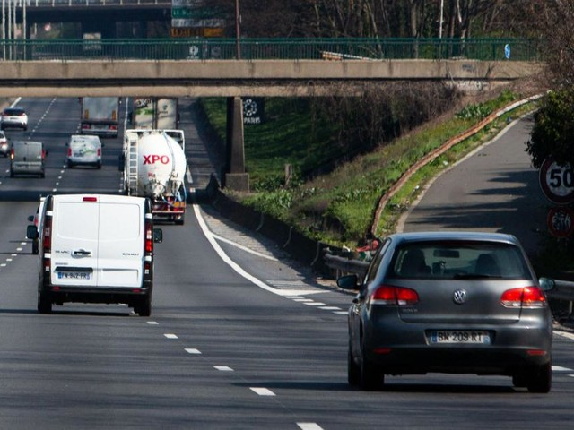 Acte de cruauté inimaginable en France: il traîne son chien à l'arrière de sa voiture sur l'autoroute avant de l'abandonner à l'agonie