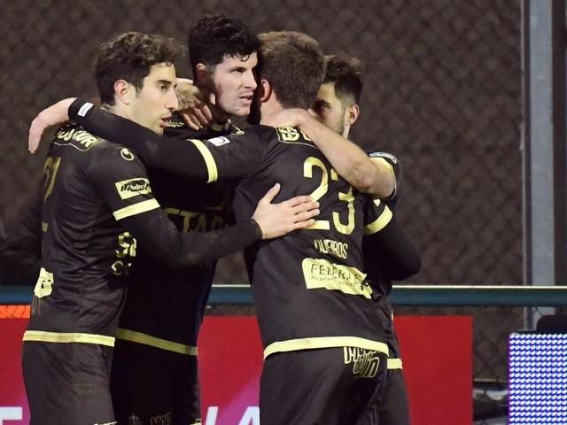 D1A: Mouscron arrache la victoire sur la pelouse de Courtrai (1-2)