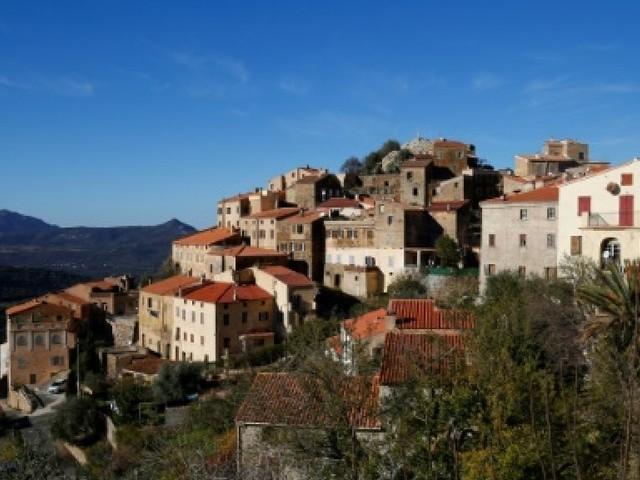 La Corse n'est pas encore la Catalogne, loin s'en faut