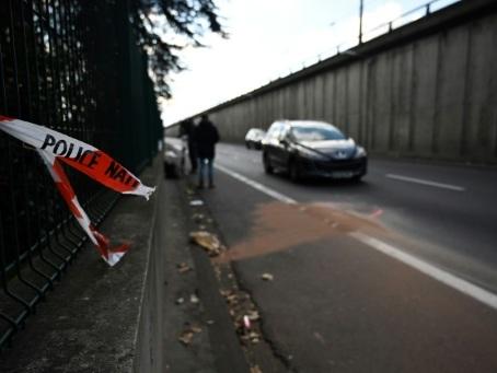 Un policier renversé près de Lyon entre la vie et la mort, conducteur en fuite