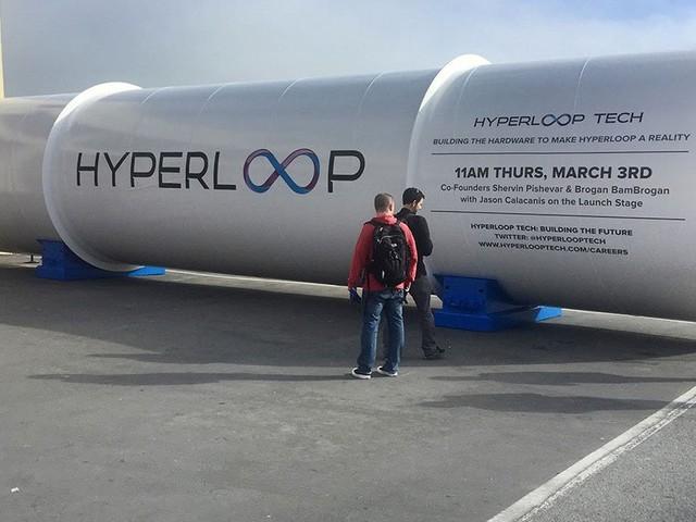 Le train supersonique Hyperloop va être testé dans un petit village français