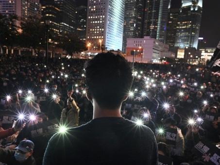 Manifestations à Hong Kong: les enseignants redoutent une chasse aux sorcières