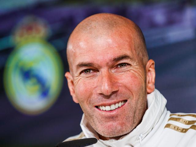 Opération séduction : Zidane renvoie des fleurs à Mbappé