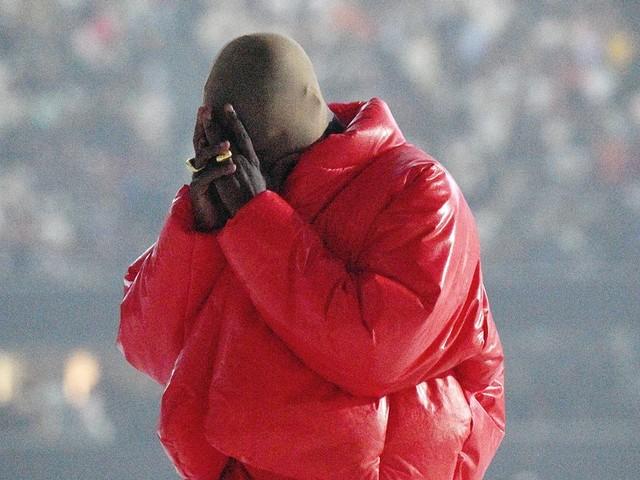 """""""Donda"""" de Kanye West sorti sans son accord? Le rappeur accuse Universal"""