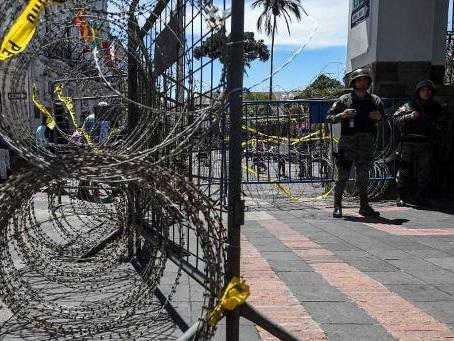 Bilan de la crise en Equateur: huit morts, 1.340 blessés