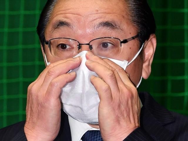 Coronavirus : impossible de ne pas vous toucher le visage ? Normal, c'est dans vos gènes !