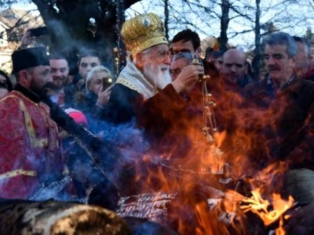 Un pays, deux Eglises: le Noël divisé d'orthodoxes du Monténégro