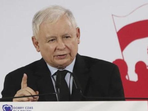 Pologne: Les conservateurs remportent les élections législatives avec 45% des voix