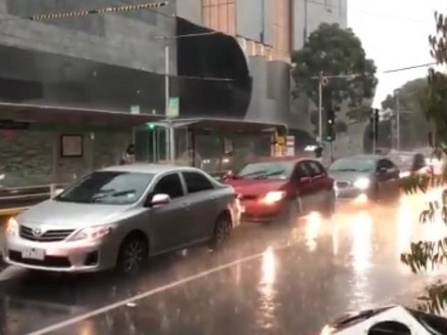 Australie: la pluie tant attendue tombe enfin