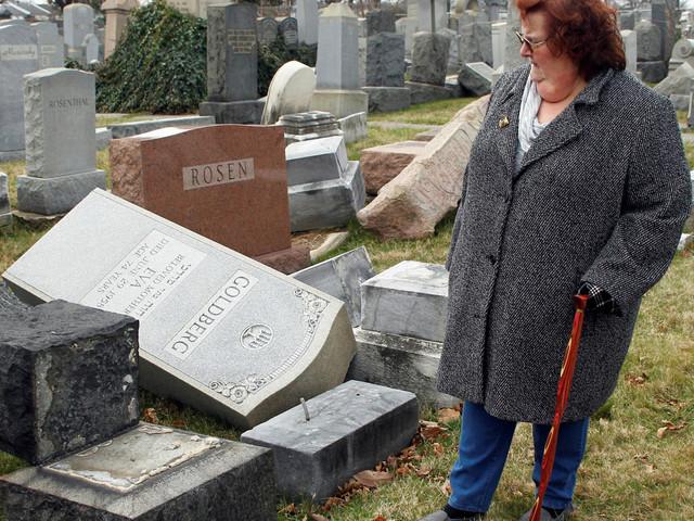Une vague d'actes racistes et antisémites soude les communautés juives et musulmanes aux États-Unis