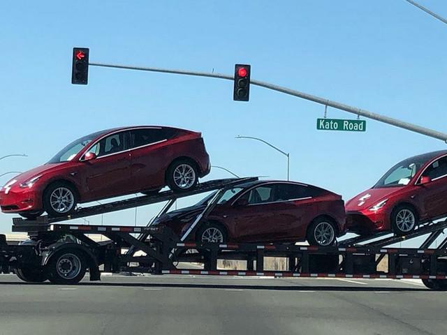 Tesla Model Y : lancement plus tôt que prévu ?