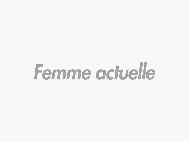 François Hollande et Julie Gayet unis et amoureux au Gala de l'Espoir