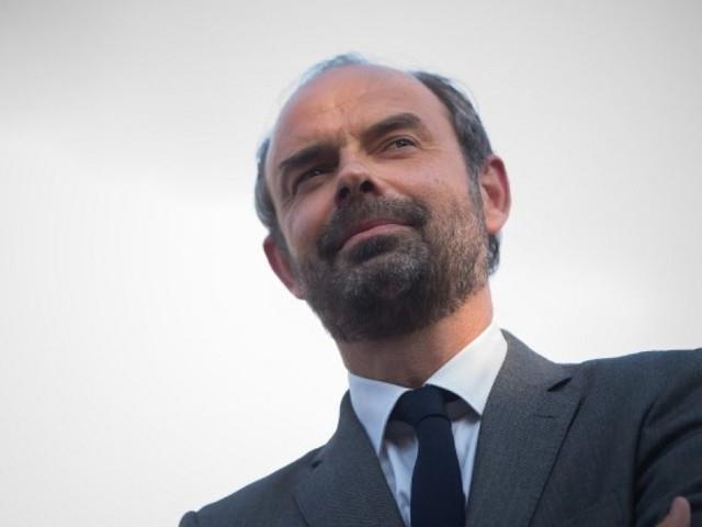 Édouard Philippe reconduit comme Premier ministre et chargé de former un nouveau gouvernement