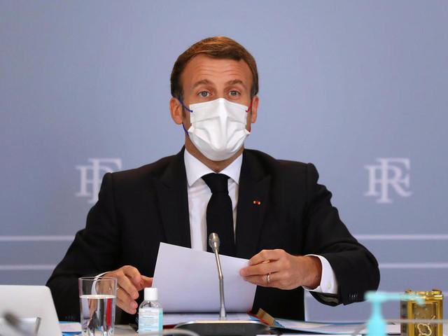 Macron face aux Français pour donner un cap et un peu d'espoir