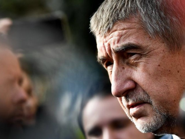 Tchéquie. Le milliardaire eurosceptique Babis en tête des élections