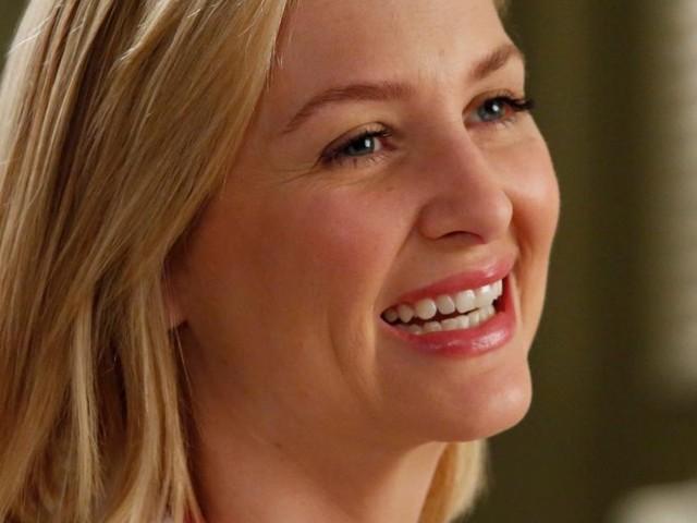 Grey's Anatomy saison 17 : Jessica Capshaw réunie avec le cast, les fans persuadés qu'Arizona va revenir
