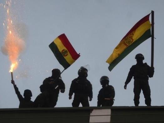 """Bolivie : le président Evo Morales dénonce un coup d'Etat """"en cours"""""""