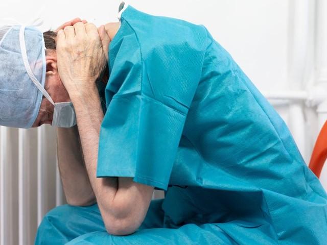 Vaccination obligatoire: Ces soignants qui mettent fin à leur carrière