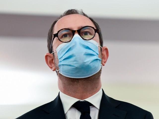 Coronavirus: 250 euros d'amende pour le récalcitrant qui ne se fait pas tester au retour de zone rouge