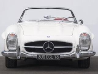 Vente Artcurial : une Mercedes 300 SL adjugée à plus d'un million d'euros !