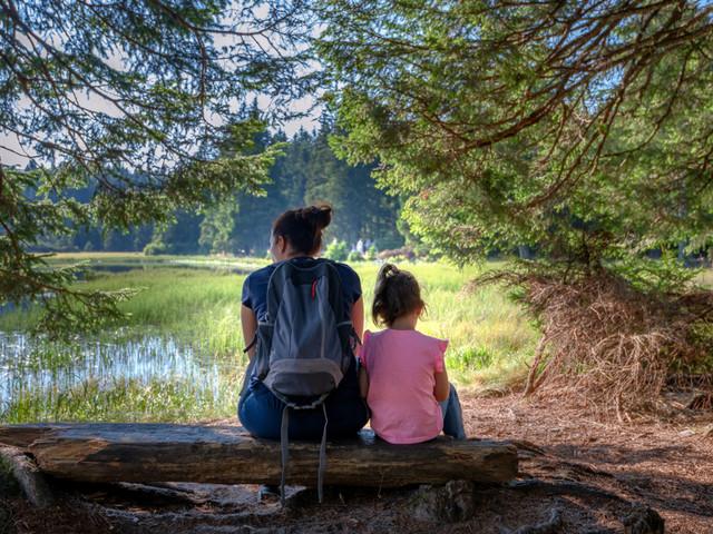 Partir en PVT avec ses enfants et conjoint·e : c'est possible ?