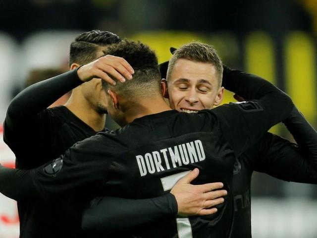 Bundesliga: Thorgan Hazard, buteur et à l'assist, inflige une correction à Düsseldorf avec Dortmund (5-0, vidéos)