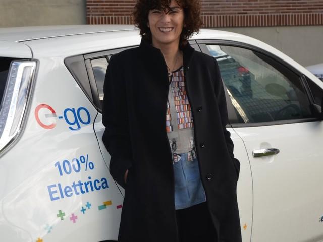 J'ai été l'une des premières à acheter une voiture électrique.