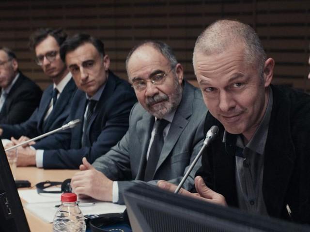 """""""Adults in the room"""" : Costa-Gavras dézingue les technocrates de Bruxelles dans un thriller implacable"""