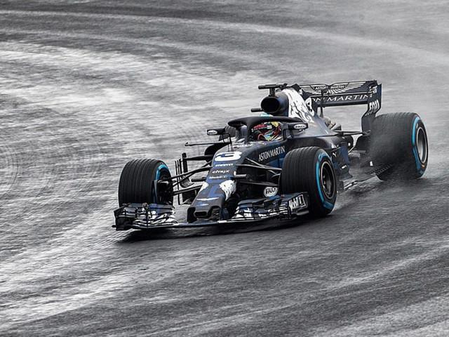 Formule 1 : Red Bull dévoile son nouveau bolide avec un Halo