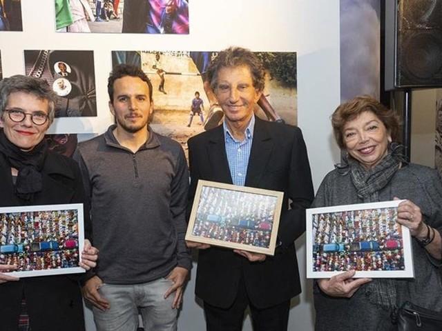 """L'artiste marocain Yoriyas reçoit à Paris le prix des """"Amis de l'Institut du monde arabe"""" pour la jeune création contemporaine"""