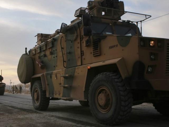 Offensive turque en Syrie : la France suspend ses exportations d'armes de guerre vers la Turquie
