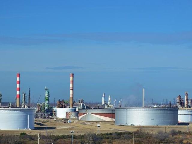 La BEI cesse de financer les énergies fossiles, une décision «historique»