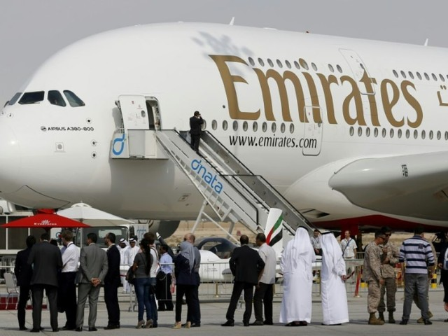 """A380: le patron d'Airbus assure avoir """"au moins dix ans"""" de visibilité"""