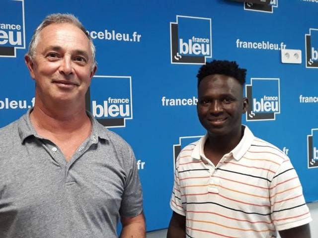 Les soutiens d'un jeune guinéen se mobilisent de nouveau pour qu'il soit naturalisé, après un acte de bravoure