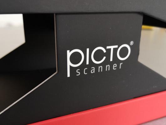Avec PictoScanner, la numérisation des diapositives et autres négatifs, devient un véritable jeu d'enfant