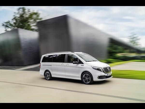 Voici le Mercedes EQV (2019) de série