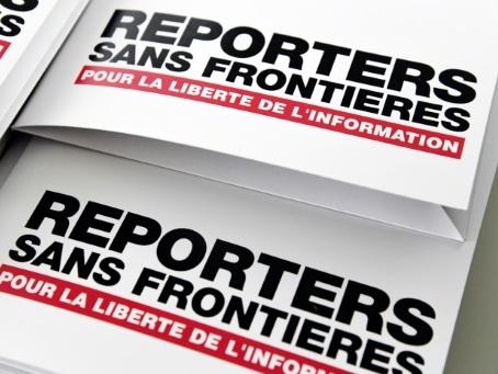 """Manifestations contre le pass sanitaire: RSF appelle à """"protéger le droit d'informer"""""""