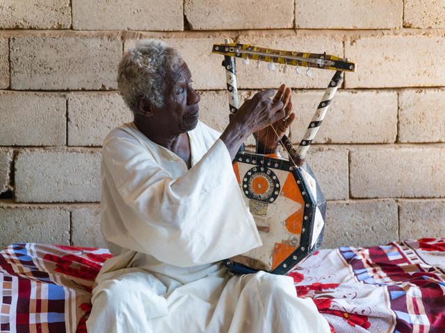 Abu Obaida, la spectaculaire résurrection d'un musicien soudanais