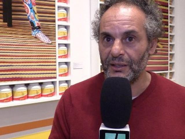"""Des célébrités marocaines prennent la pose pour Hassan Hajjaj dans """"My Maroc Stars"""" (VIDÉO)"""