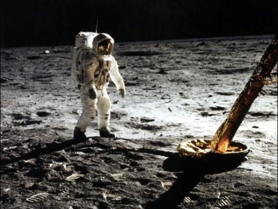 Marcher sur la Lune, quelles sensations ?